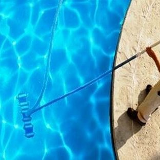 Residential-Swimming-Pool-Service